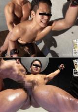 HUNK CHANNEL – XIK3004 – X~淫欲の開眼~3、ムッチリ超雄臭い筋肉を持った哲矢(てつや)22歳の肉体は自由を奪われ肉欲の雄に犯される!!!